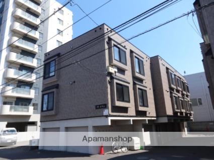 北海道札幌市中央区、二十四軒駅徒歩13分の築12年 3階建の賃貸アパート