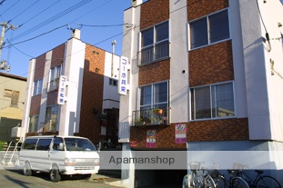 北海道札幌市中央区、西15丁目駅徒歩8分の築36年 2階建の賃貸アパート