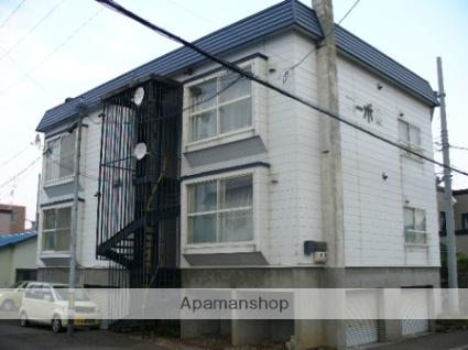 北海道札幌市西区、発寒駅徒歩13分の築28年 3階建の賃貸アパート