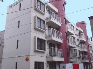 北海道札幌市東区、環状通東駅徒歩10分の築32年 4階建の賃貸マンション