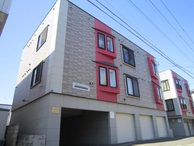 北海道札幌市東区、北34条駅中央バスバス7分北34東8下車後徒歩4分の築11年 3階建の賃貸アパート