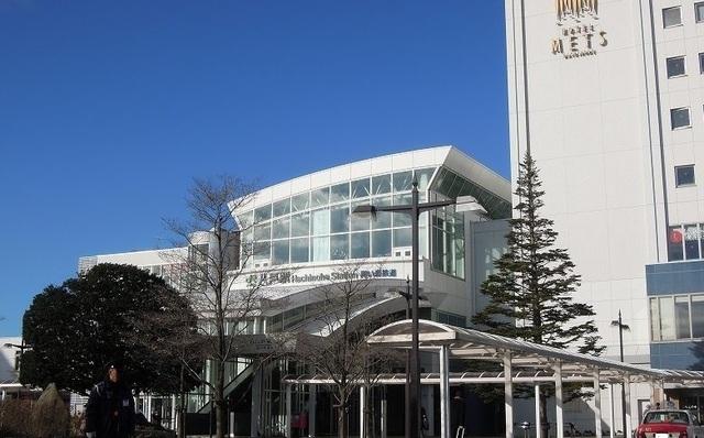 八戸駅 1700m