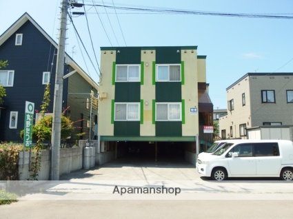 青森県青森市の築17年 2階建の賃貸アパート