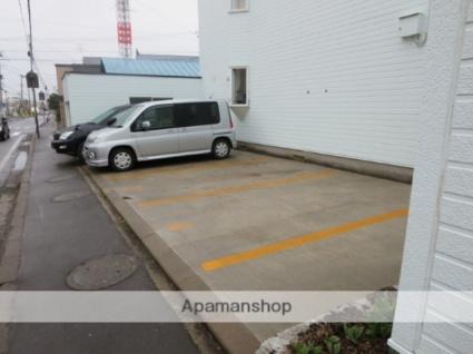 メイユール中央A[3LDK/66.66m2]の駐車場