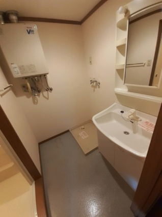 アルパ千刈[2LDK/60.61m2]の洗面所