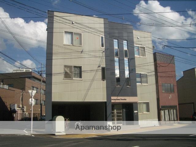 青森県弘前市、弘前駅徒歩15分の築10年 3階建の賃貸アパート