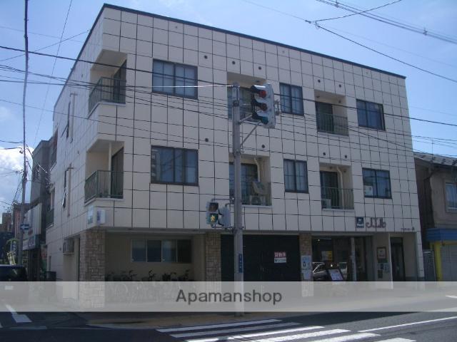青森県弘前市、中央弘前駅徒歩5分の築32年 3階建の賃貸アパート