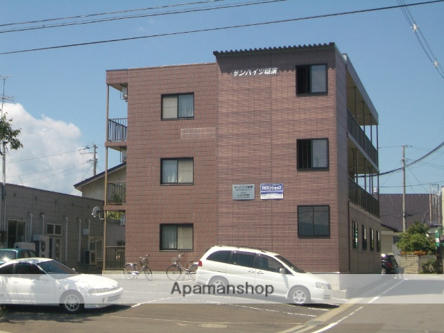 青森県弘前市、弘前駅徒歩13分の築18年 3階建の賃貸アパート