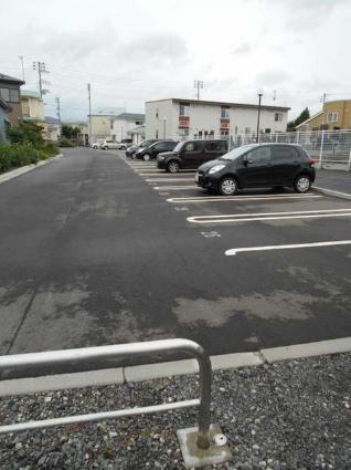 ジョイア ヴィラ Ⅱ[2LDK/58.45m2]の駐車場