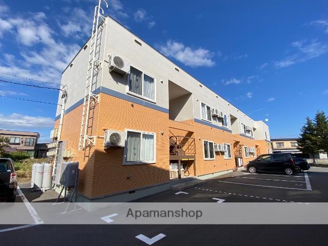 青森県弘前市の築9年 2階建の賃貸アパート