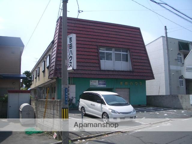 青森県弘前市、弘前東高前駅徒歩18分の築38年 2階建の賃貸アパート