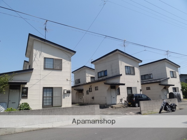 青森県弘前市の築32年 2階建の賃貸一戸建て