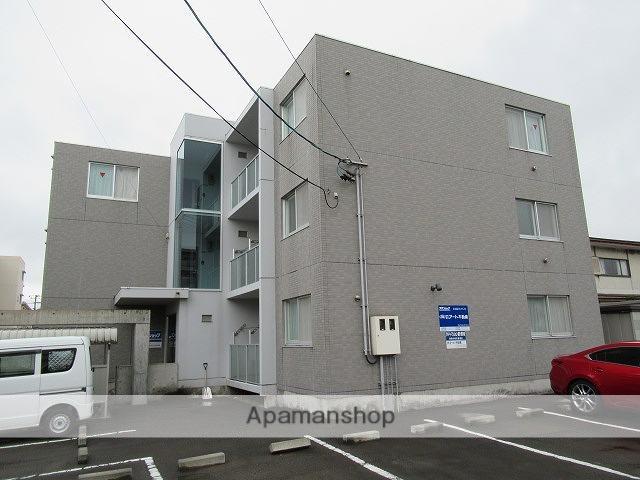 岩手県盛岡市、青山駅徒歩10分の築15年 3階建の賃貸マンション