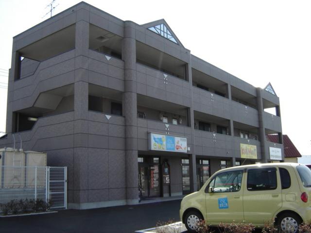 岩手県盛岡市、仙北町駅徒歩25分の築14年 3階建の賃貸マンション