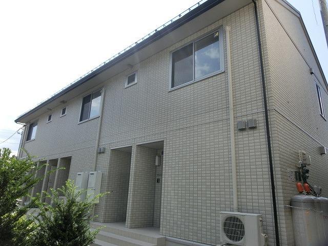 岩手県盛岡市、山岸駅徒歩5分の築2年 2階建の賃貸アパート