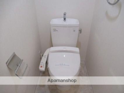 岩手県盛岡市中ノ橋通2丁目[3LDK/70.02m2]のトイレ