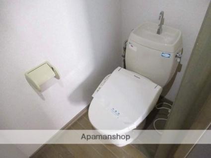 岩手県盛岡市本宮4丁目[2LDK/52.17m2]のトイレ