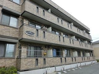 岩手県盛岡市の築12年 3階建の賃貸アパート