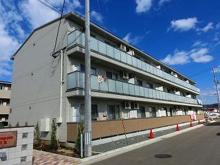 岩手県盛岡市の築3年 3階建の賃貸アパート