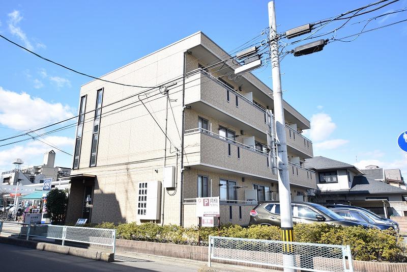 宮城県仙台市青葉区、北四番丁駅徒歩13分の築11年 3階建の賃貸アパート