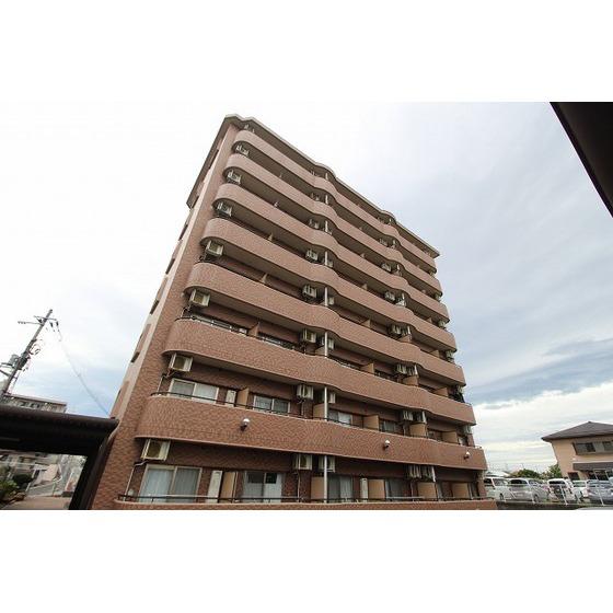 宮城県仙台市泉区、泉中央駅徒歩26分の築17年 8階建の賃貸マンション