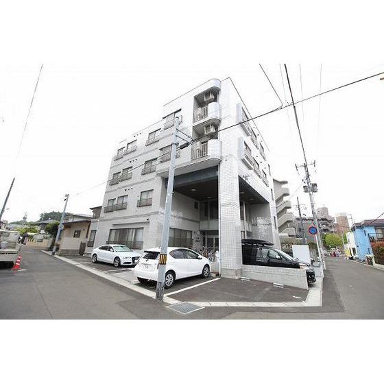 宮城県仙台市泉区、泉中央駅徒歩21分の築27年 4階建の賃貸マンション