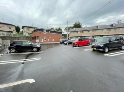 コッティ・T Ⅰ[1K/32.94m2]の駐車場