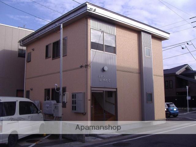 秋田県大仙市、大曲駅徒歩8分の築10年 2階建の賃貸アパート