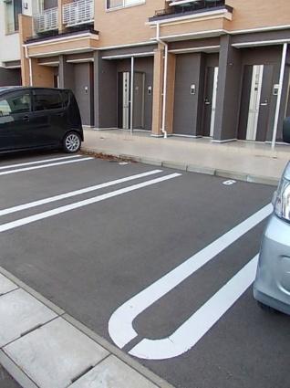 ディア コート[1LDK/44.19m2]の駐車場