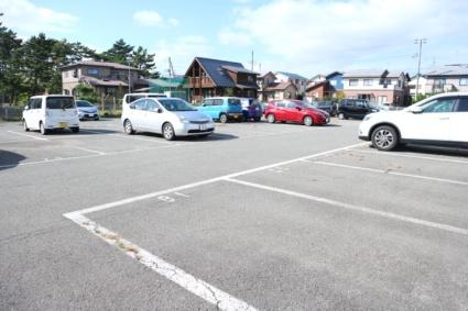 ビレッジハウス勝平2号棟[3DK/53.08m2]の駐車場