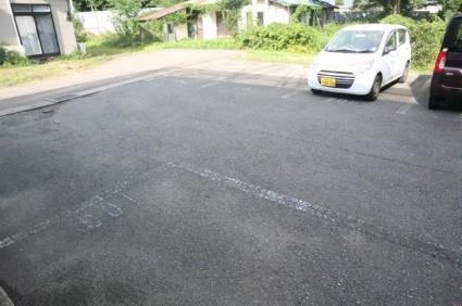 コーポビューラー Ⅲ[1K/25.58m2]の駐車場