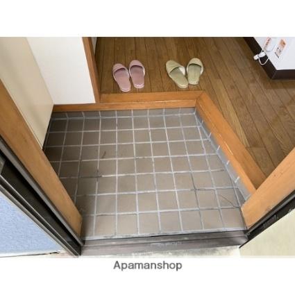 ヨーロピアンシャトウ12[1K/21.92m2]の玄関