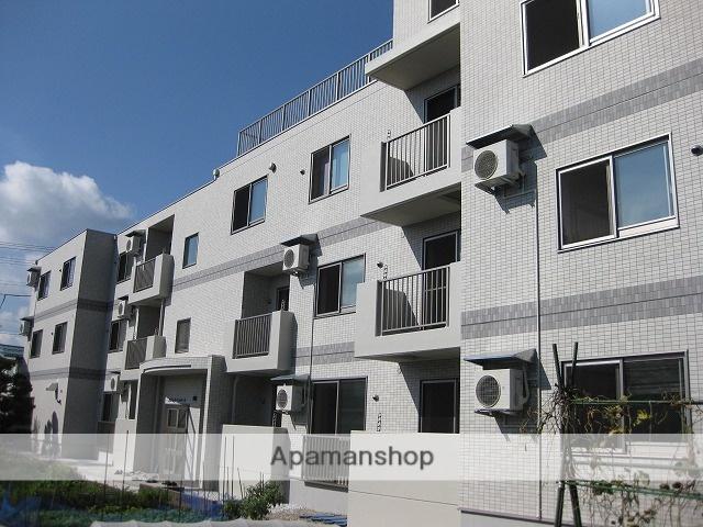 山形県米沢市、米沢駅徒歩8分の築5年 3階建の賃貸マンション