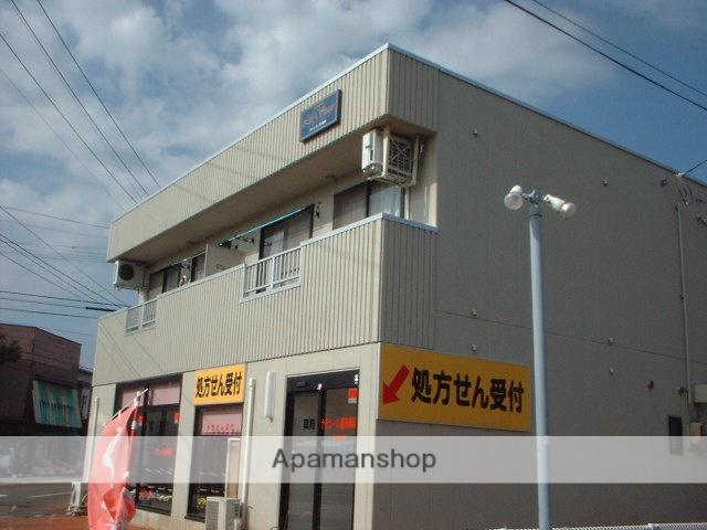 山形県米沢市、西米沢駅徒歩10分の築18年 2階建の賃貸アパート