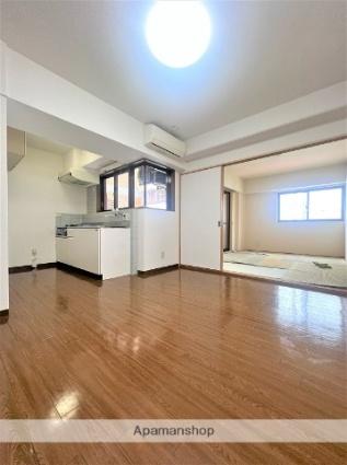 KST・タツミ[3LDK/63.97m2]の玄関