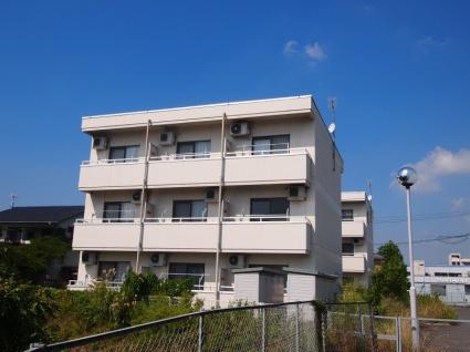 福島県郡山市の築18年 3階建の賃貸マンション