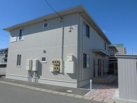 福島県郡山市の築3年 2階建の賃貸アパート
