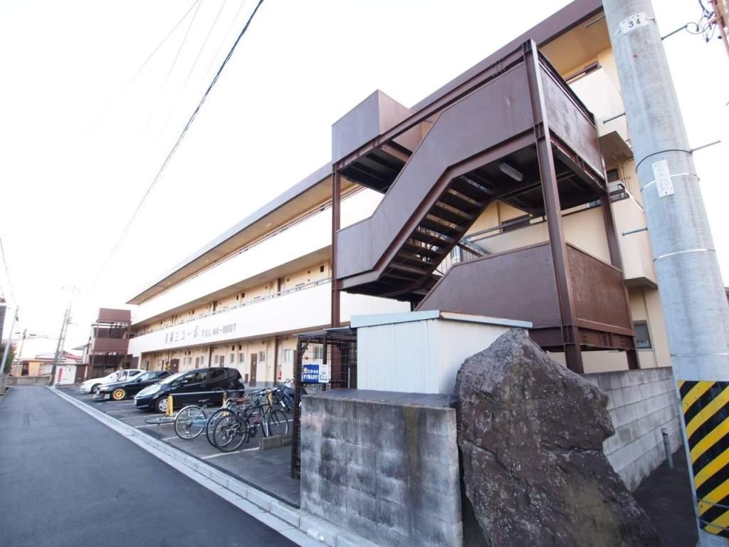 福島県郡山市の築26年 3階建の賃貸マンション