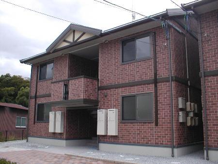 福島県須賀川市の築11年 2階建の賃貸アパート