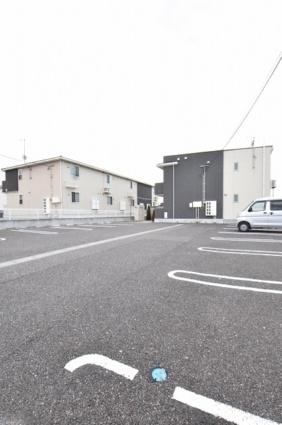 カーサ アルコ・イーリス[1LDK/45.31m2]の駐車場