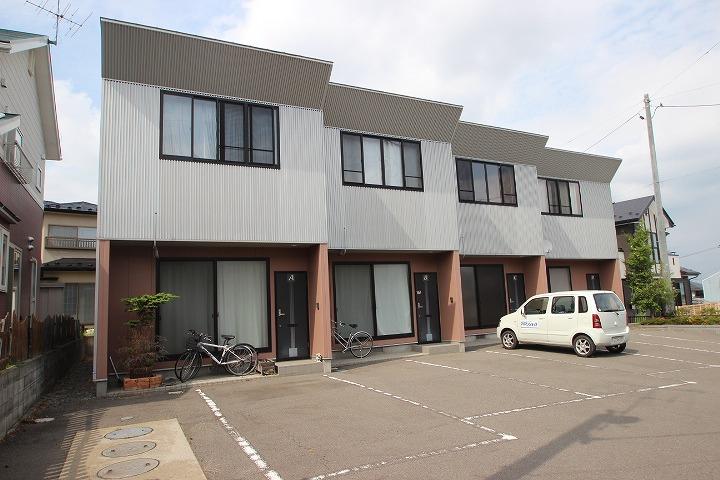 福島県郡山市の築14年 2階建の賃貸テラスハウス