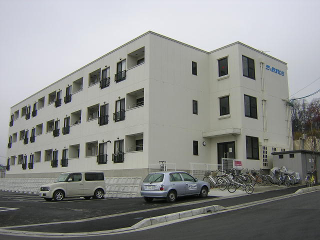 福島県郡山市の築9年 3階建の賃貸マンション