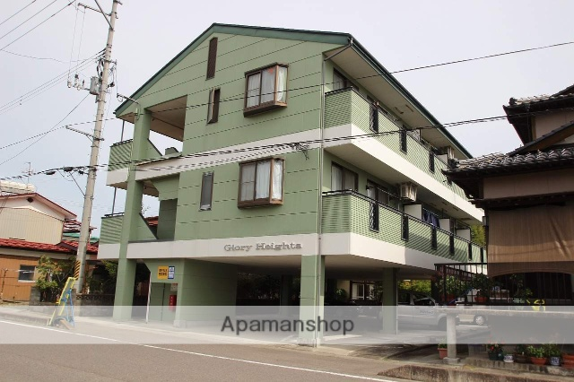福島県本宮市、本宮駅徒歩20分の築27年 3階建の賃貸アパート