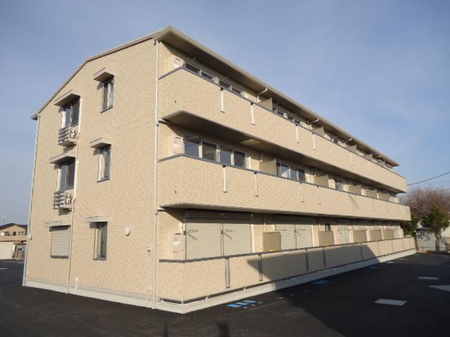 茨城県古河市、古河駅徒歩21分の築3年 3階建の賃貸アパート
