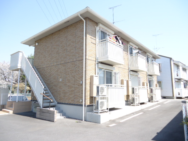 茨城県古河市、古河駅徒歩19分の築6年 2階建の賃貸アパート