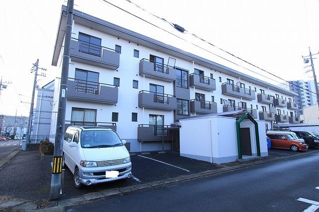 茨城県古河市、古河駅徒歩7分の築23年 3階建の賃貸マンション