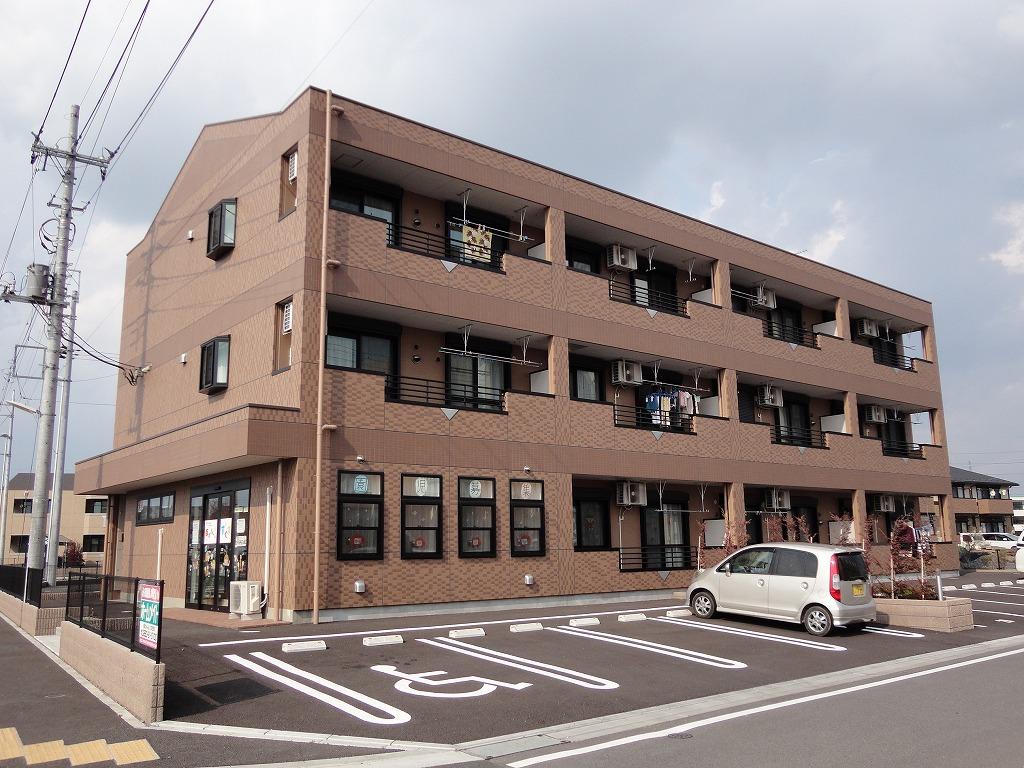 茨城県古河市、古河駅JRバス関東バス7分下山町下車後徒歩8分の築5年 3階建の賃貸マンション
