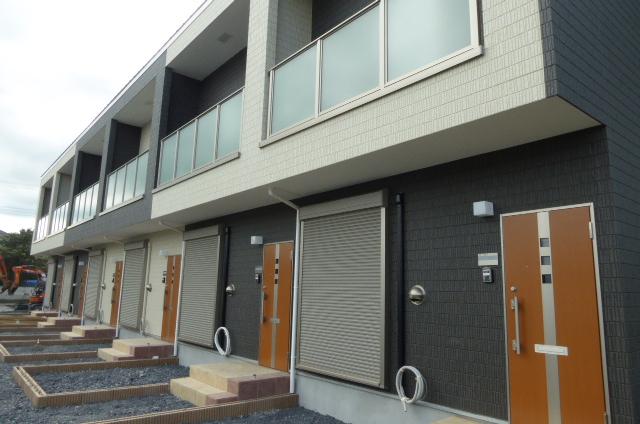 茨城県笠間市、岩間駅徒歩13分の新築 2階建の賃貸テラスハウス