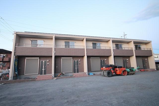 茨城県笠間市、岩間駅徒歩16分の新築 2階建の賃貸テラスハウス