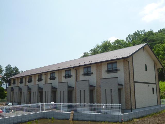 茨城県笠間市の築2年 2階建の賃貸テラスハウス